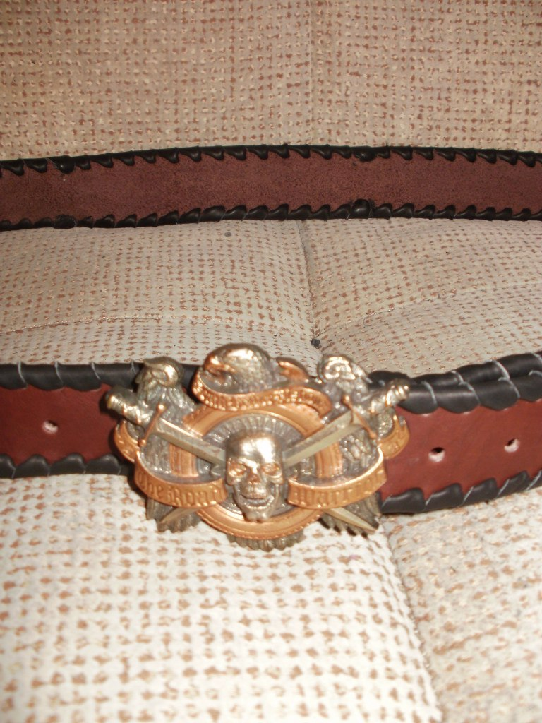 Купить коричневый ремень с чёрной оплёткой и пряжкой ручной работы