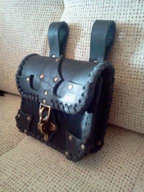 Купить кожаную сумку (подсумок)